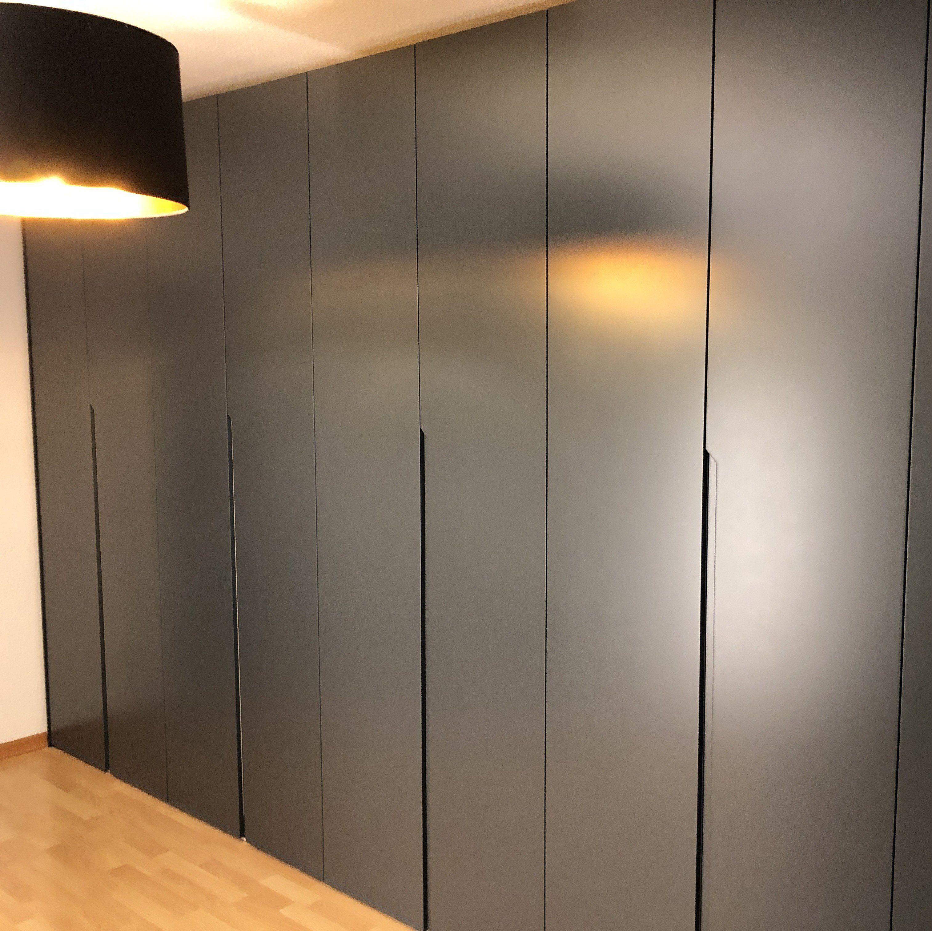 Schrank Nach Mass In 2020 Wardrobe Design Bedroom Storage Spaces Cabinet Doors