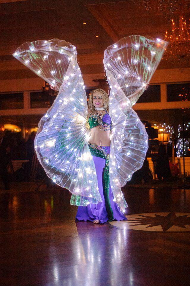 Image result for Atuendos y accesorios de la bailarina de danza árabe