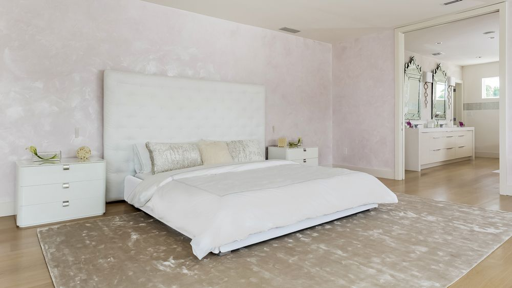 Pin by Donald Lindenmuth on Bedrooms in 2018 Pinterest Mansions