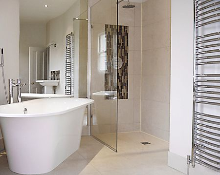 Small Wet Room Bathroom Design #HandicappedBathroomTips U003eu003e Visit Us At  Http://