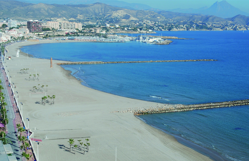 Playa del Carrer la Mar El Campello - Real estate is our passion... www.bulk-partner.com