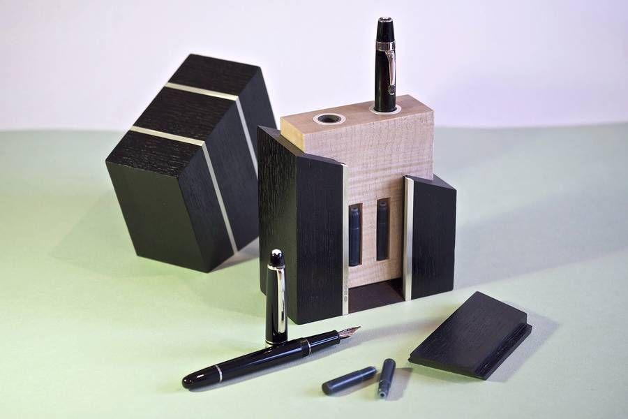 A Luxury Pen Case   athenna-design   Web Design   Design de Comunicação Em Foz do Iguaçu   Web Marketing   Paraná