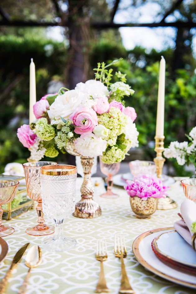 Cheriu0027s Vintage Table Settings u0026 Decor featured in Colourful So Cal Wedding Inspiration | Nicole Schmitz Photography | Bridal Musings Wedding Blog 8 & Sophisticated Bohemian Wedding Inspiration | Vintage table settings ...