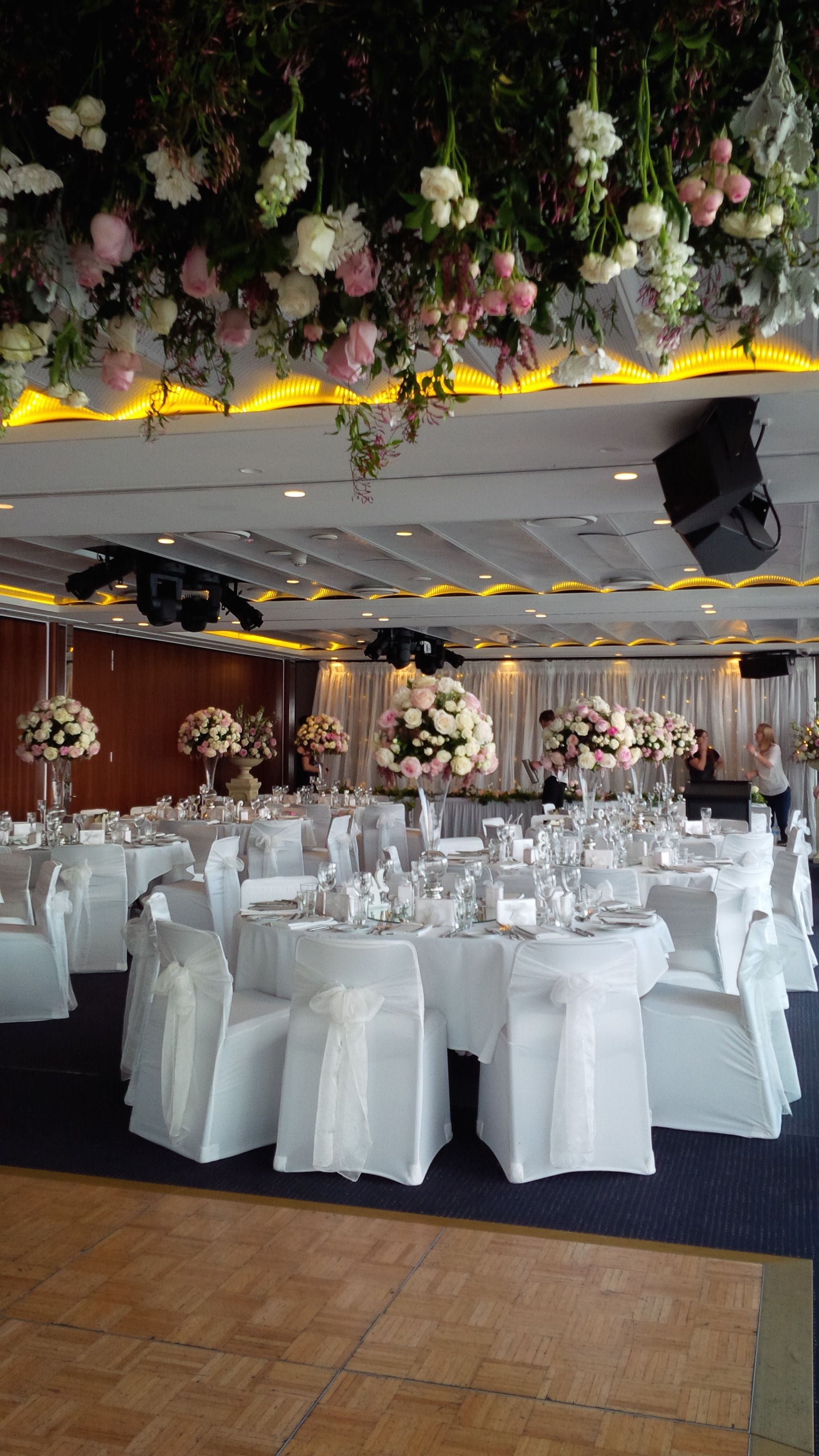 gorgeous wedding merewether surf house floral centrepieces