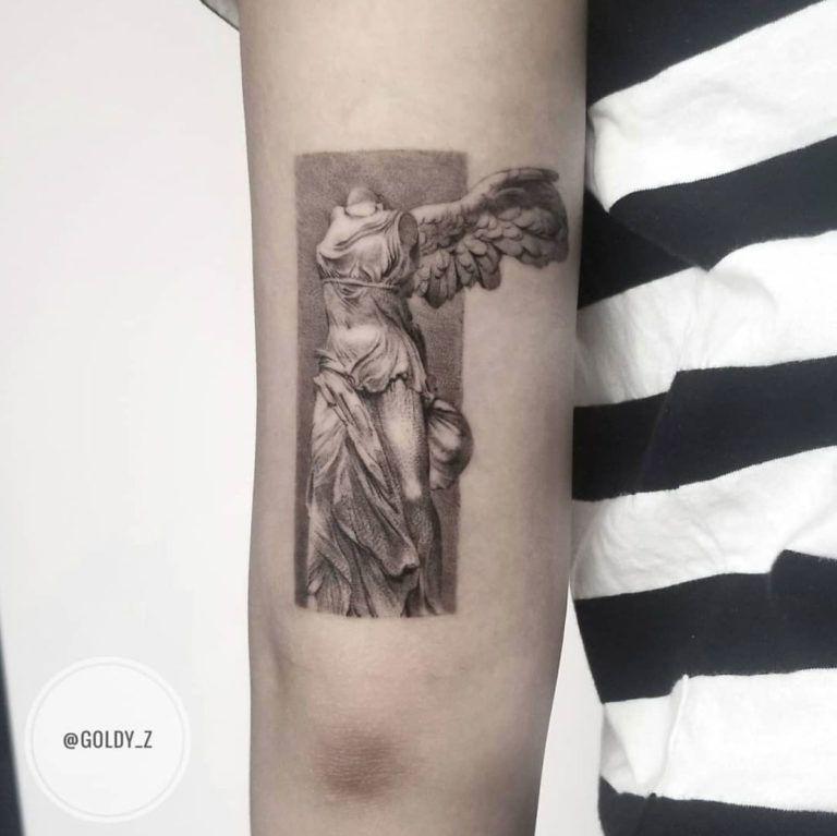 Photo of 40 Stylish Realism Tattoos by Zlata Kolomoyskaya – Straight Blasted