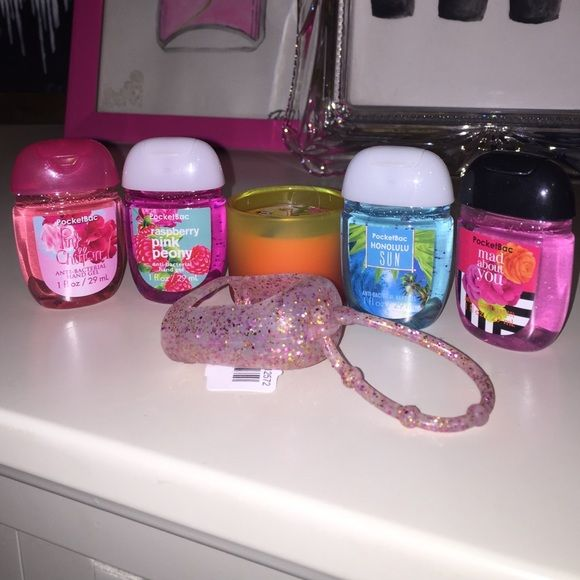Bath And Body Works Hand Sanitizers Mini Candle Left To Right