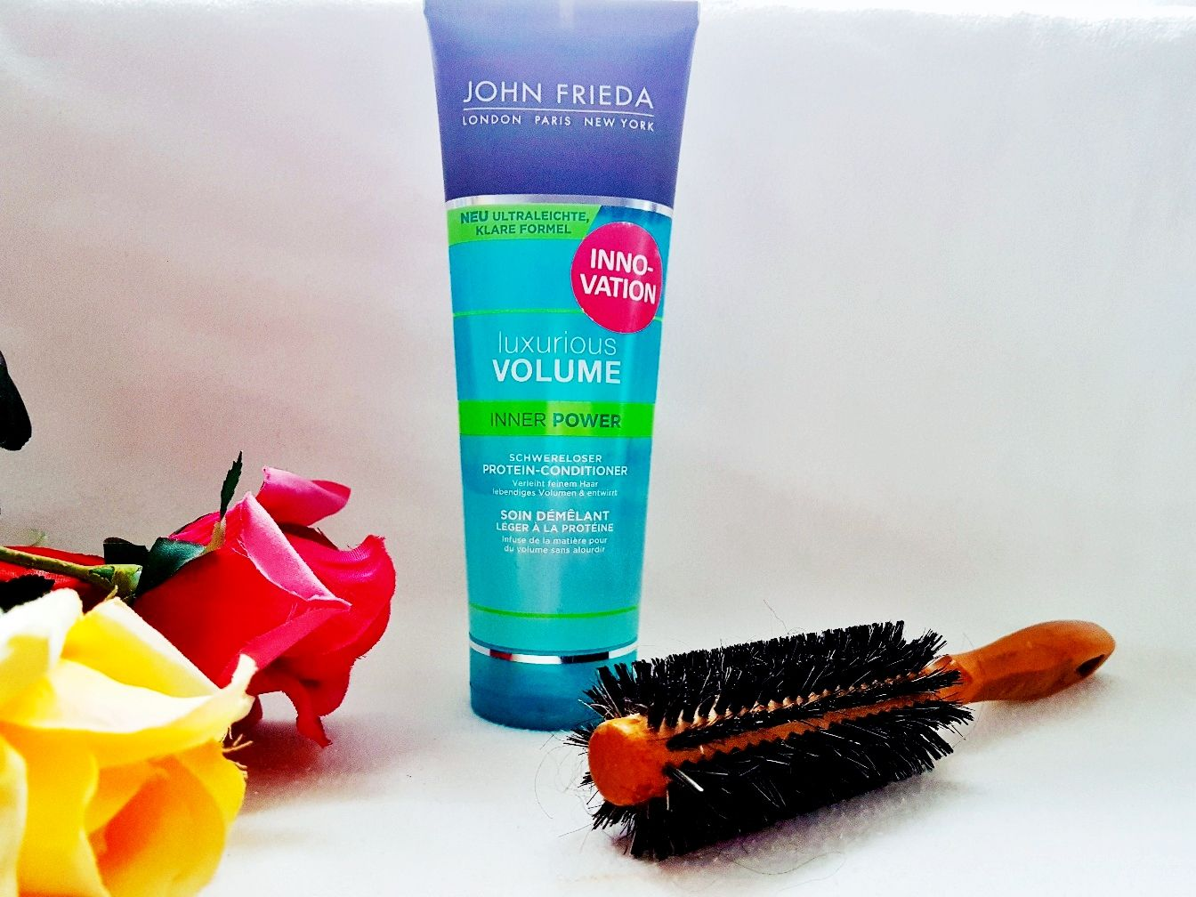 John Frieda Luxurious Volume Inner Power Protein Conditioner