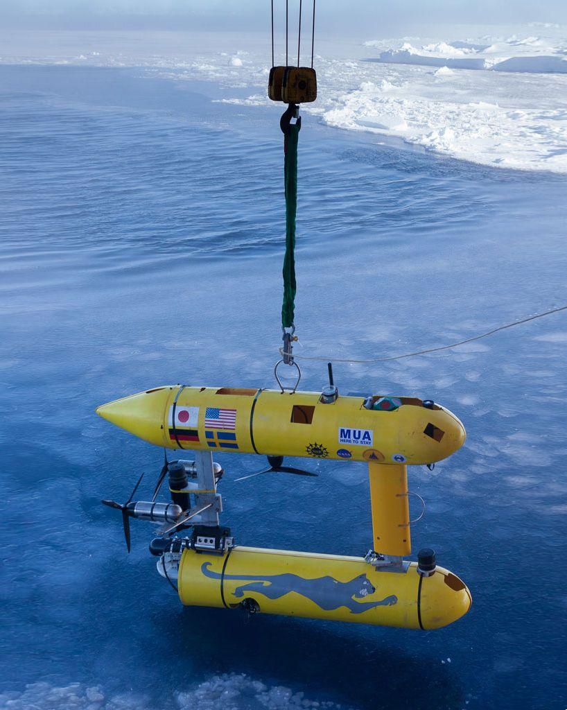 seaBED underwater robot develops new 3D data maps of antarctic ice [Underwater: http://futuristicnews.com/tag/underwater/ Future Drones: http://futuristicnews.com/tag/drone/ Drones for Sale at Amazon: http://futuristicshop.com/tag/drone/]