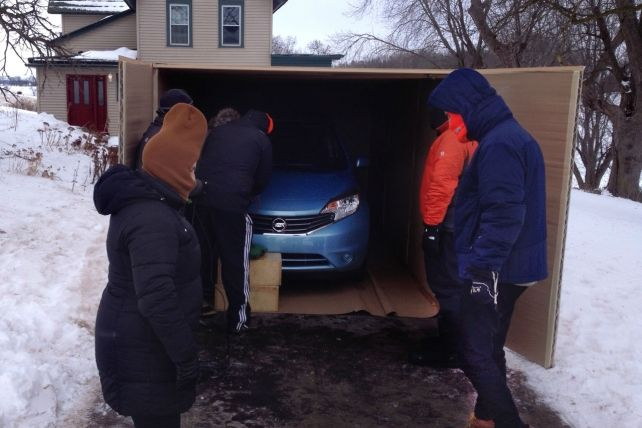 Photo: Yes, There Really Was a Car in That Mysterious Giant Amazon Box