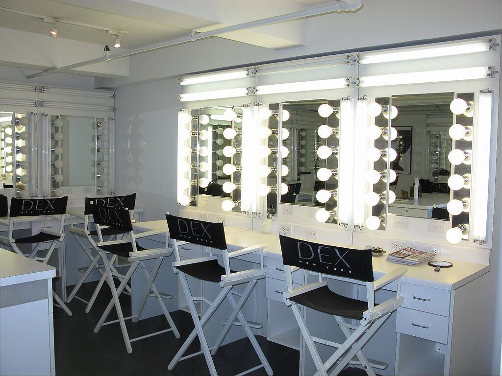Perfect Makeup Studio Vanity Mirror And View In 2020 Makeup