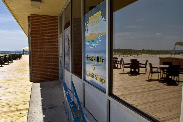 Restauranteur Baxter Simmons Jr. has reopened the former officers' club on Fort Monroe as the Paradise Ocean Club.  Simmons has started renovations, new amenities, services for the Paradise Ocean Club.