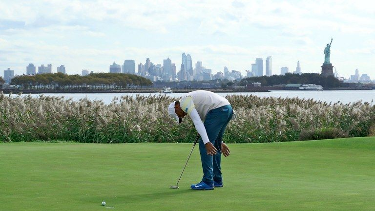 Fix your putting stroke golf digest how to hit a golf ball