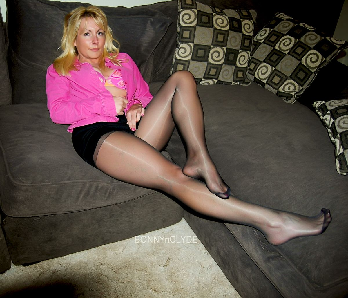 The best hand-picked free pantyhose MILF sex pics sorted by categories: mature, MILF in pantyhose Mellanie Monroe undressing and spreading her legs off skirt and hose for nudes; Mature vixen Christina Cross enjoys foot fetish sex with .
