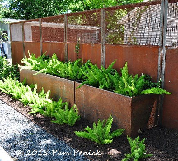 Geometric Design Creates Modern Garden For Entertaining
