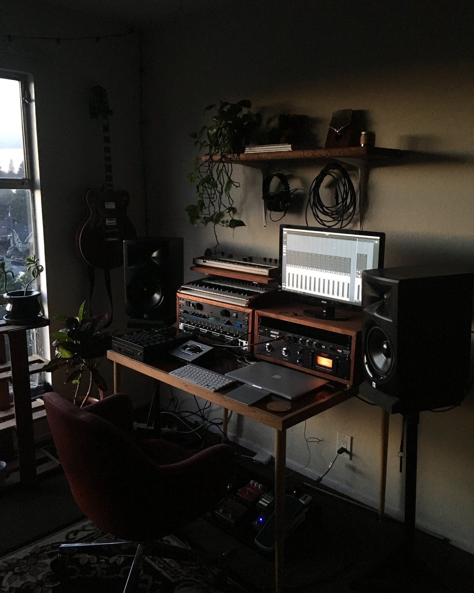 Simple Home Recording Studio for Composer / Producer. Built with ...