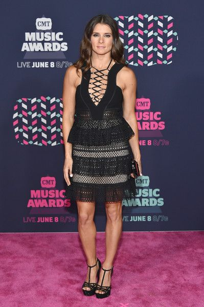 The Total Package: The Hair, The Makeup, The Dress, The Shoes, & The Perfect Clutch, CMT Music Awards, 6/8/16.