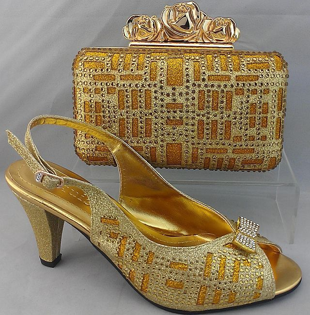 dc8913cff Italian leather Shoes with matching bags http://africanattireonline.co.uk/