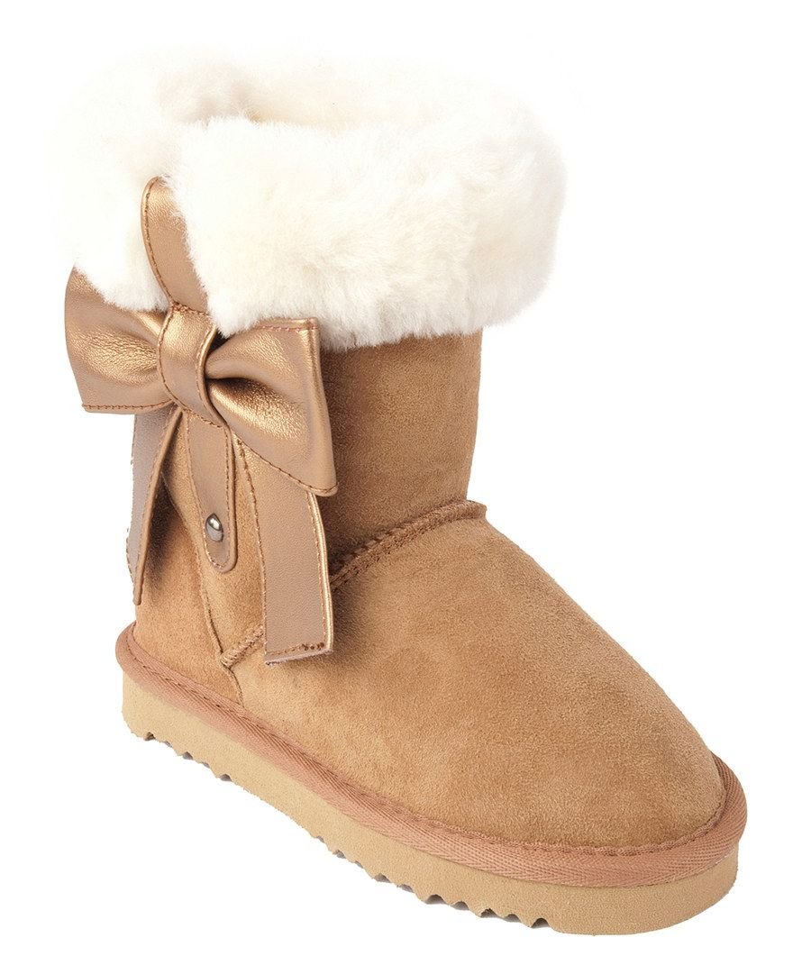 Look at this MOMO Grow Chestnut Rose Fold-Over Bow Shearling Boot on #zulily today!