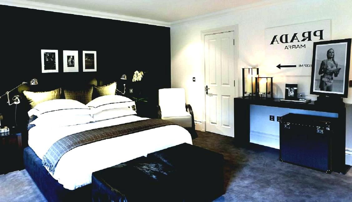 20 Bedroom Decorating For Guys Wall Decor Bedroom Master