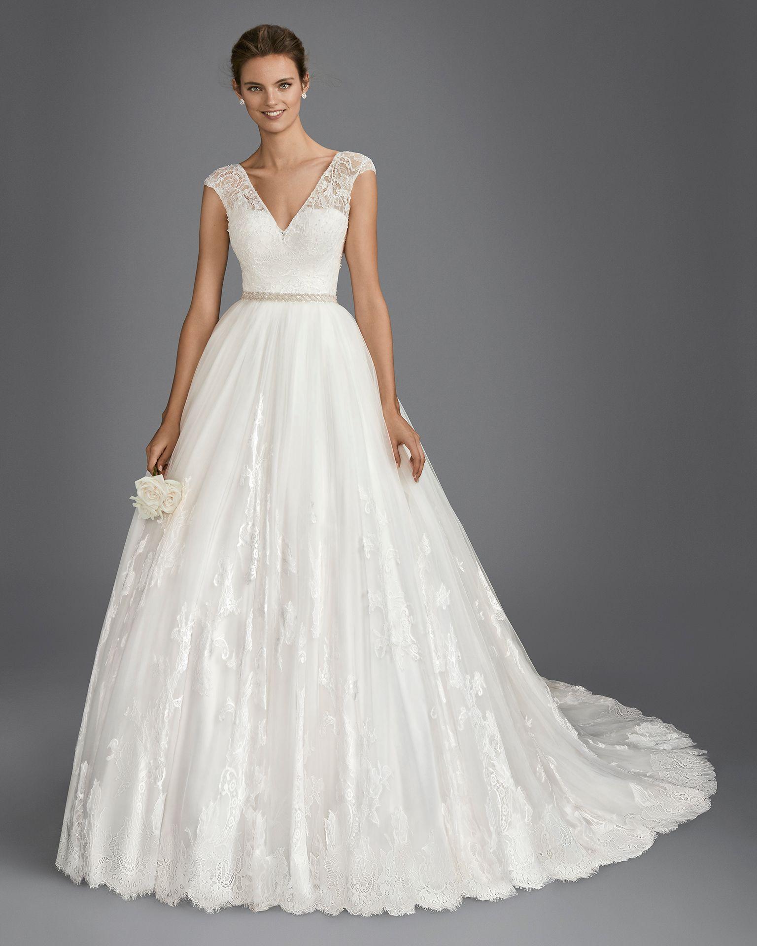 Vestido de novia estilo línea A en encaje, pedrería y tul, con ...