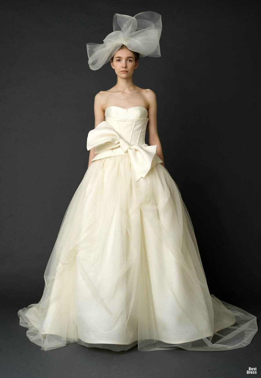 wedding dress bow - Google Search | That One Day | Pinterest ...