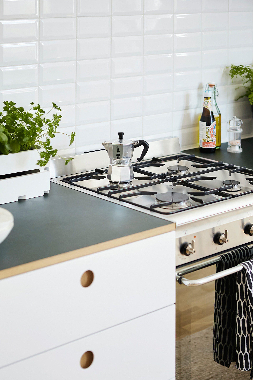 Inspiration A Basis Kitchen In Berlin Kitchen Inspirations Kitchen Remodel Kitchen Cabinet Remodel