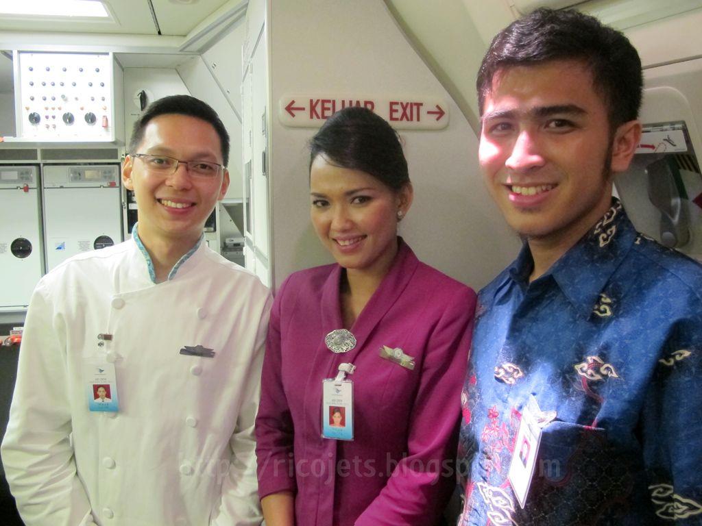 garuda indonesia cabin crew | my style | pinterest | cabin crew