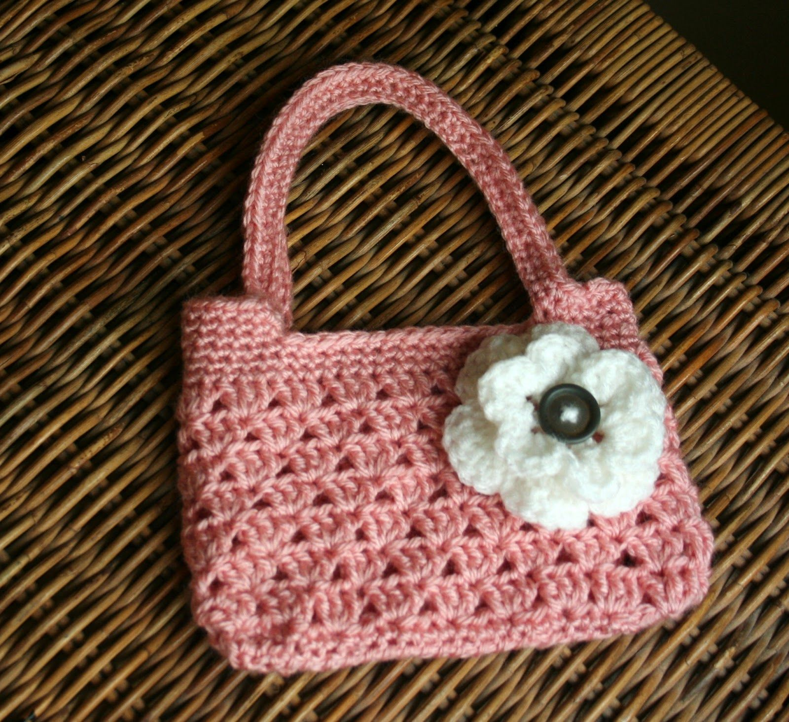 Tampa Bay Crochet: Free Easy Crochet Purse Pattern | Crochet ...