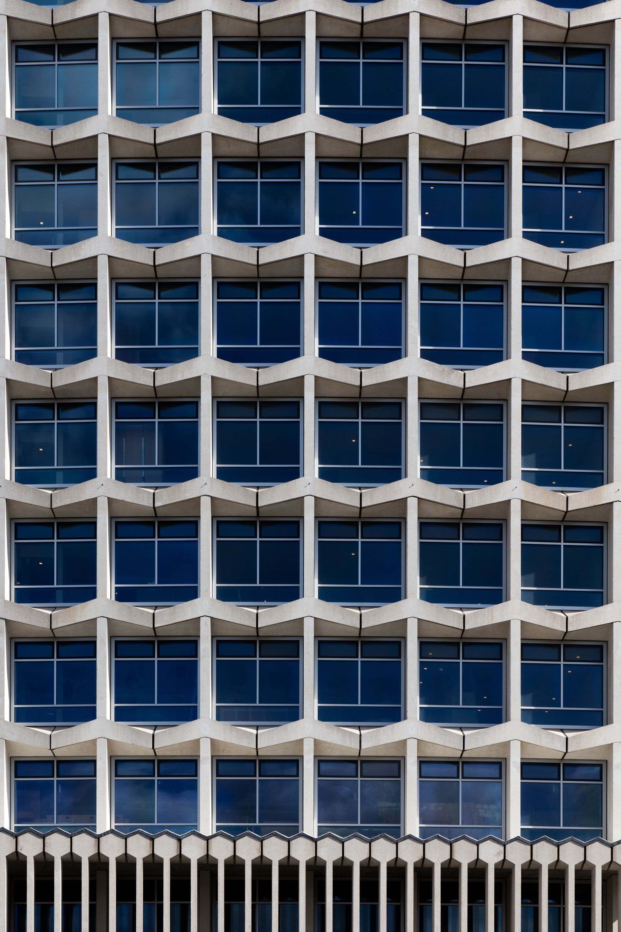 Center Point Tower Conran And Partners Interior Railings Facade Architecture Architecture