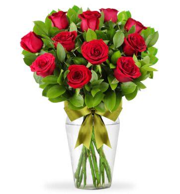 Clásico Amor Con 12 Rosas Rojas Con Imágenes Rosas Flores Ramo De Rosas