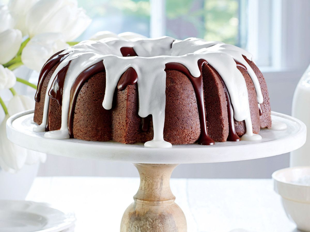 This Is The Absolute Best Way To Store A Cake Chocolate Buttermilk Pound Cake Recipe Cake Recipes Pound Cake Recipes