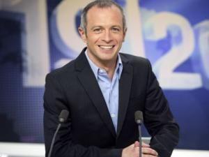 Samuel Étienne remplace Julien Lepers !!! • Hellocoton.fr