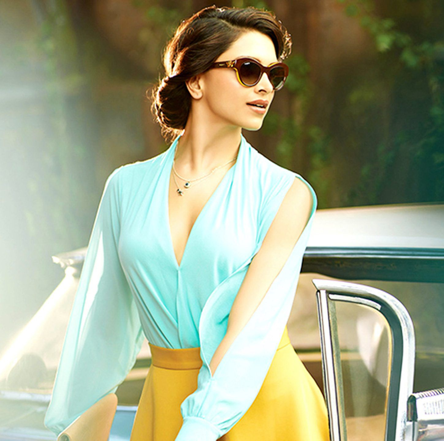 35bc737522c8 Watch out the hot pics of Deepika Padukone Vogue Eyewear Photoshoot here.  This well-known face of Bollywood industry has a terrible sense of style  statement
