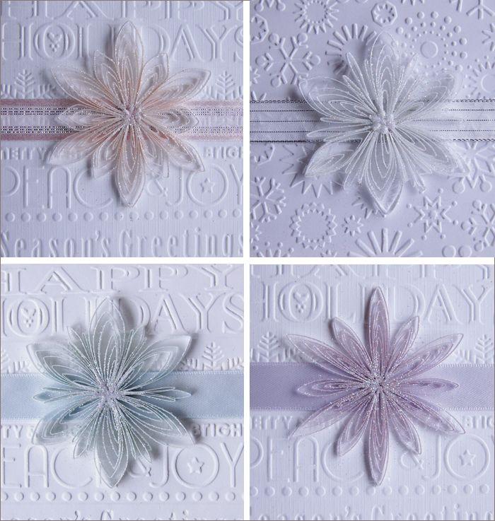 11월 마지막 주 토요일에 빅토리아를 다녀왔어요.   그동안 만들어 놓았던 꽃들을 모아   작은 액자나 카드를 만들어 보는 프로젝트였어요.     저도 뭔가 해 보려고 다양한 기법으로 꽃을 만들고   색색가지로 크고 작은 꽃을 잔뜩 만들어 놓았지만...