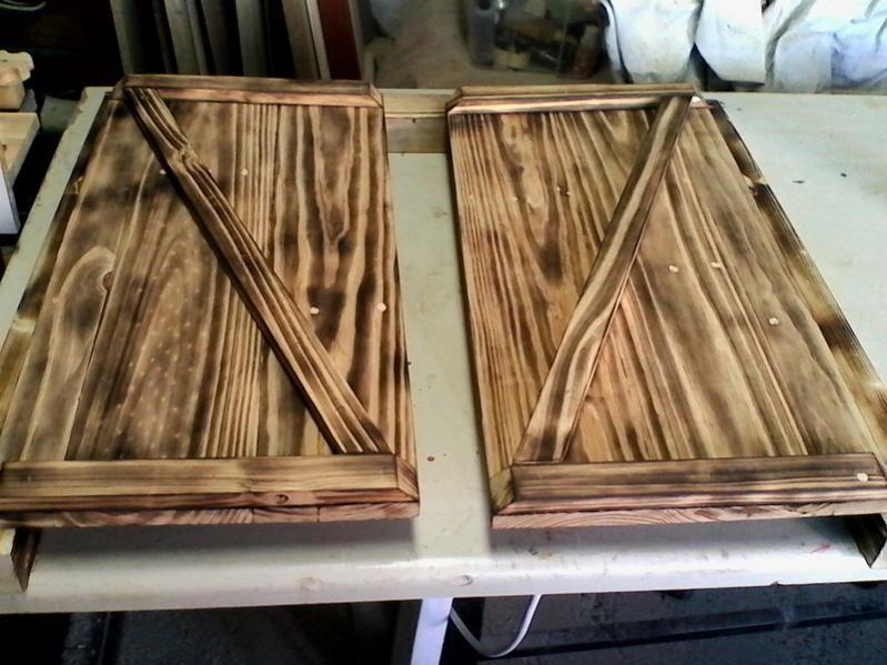 Puertas r sticas en madera de palets fabricar muebles for Puertas de palets