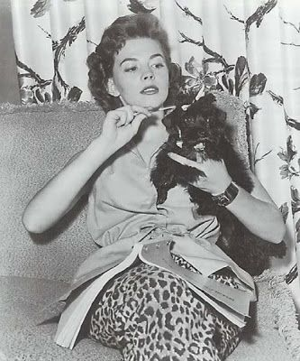 Natalie Wood : Her mother bred poodles and I know quite a few Hollywood poodles came from her.....such as Marilyn Monroe's poodle....
