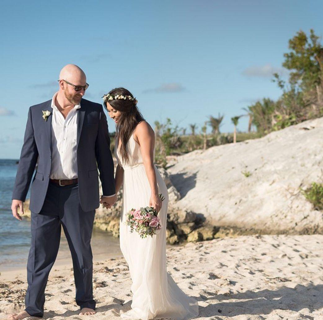 HB6622 Effortless and Simply Stunning Wedding Dress | Stunning ...