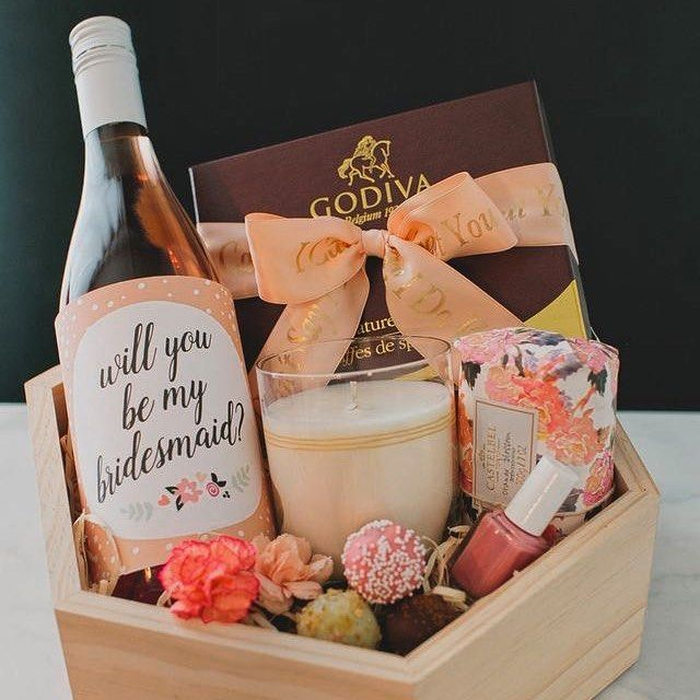 will you be my bridesmaid box geschenk f r trauzeugin maid of honour hochzeit box mit sekt. Black Bedroom Furniture Sets. Home Design Ideas