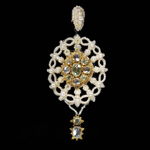 Pendant | V&A Search the Collections Seed pearls, gold, moonstones and peridots; English c. 1820