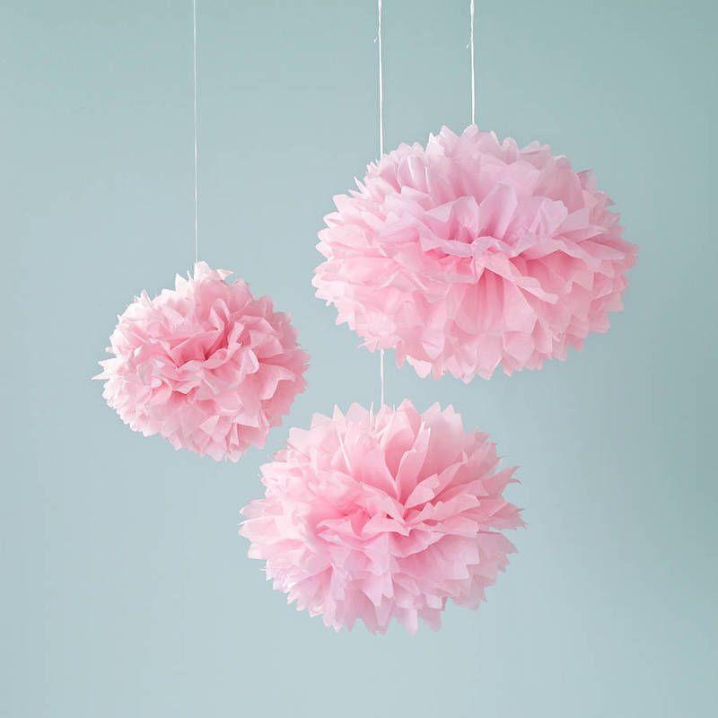 Light pink paper balls licht roze pom pom tissue papieren bollen mooie decoratie van je - Babykamer decoratie ...