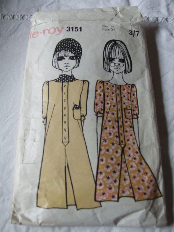1960's ladies dress paper pattern, size 14, bust 34