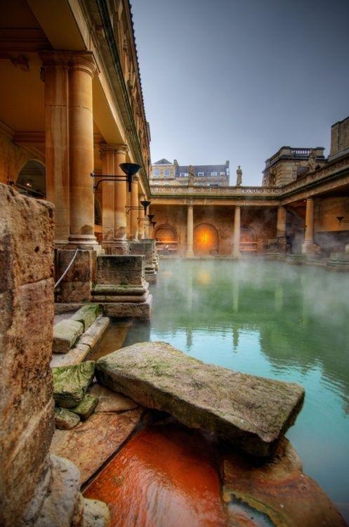 Roman Baths, Bath, England  photo via yoshihiro