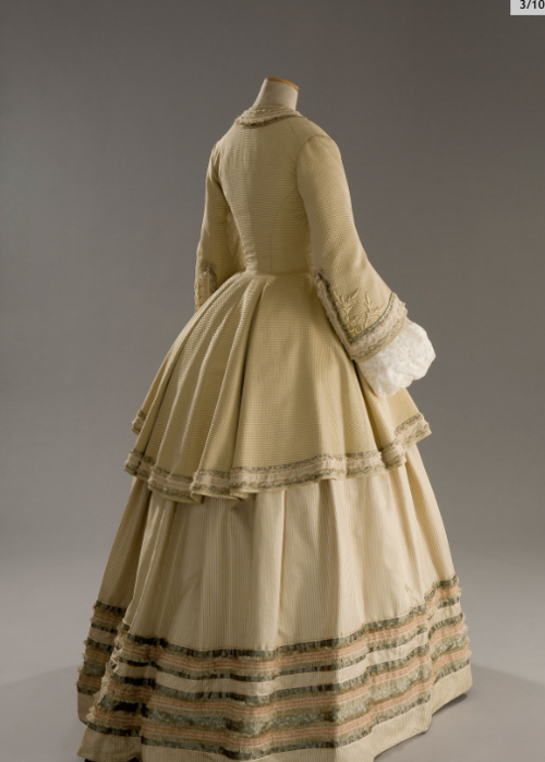 outfit Nicole Kidman wore! This one from Cold Mountain.