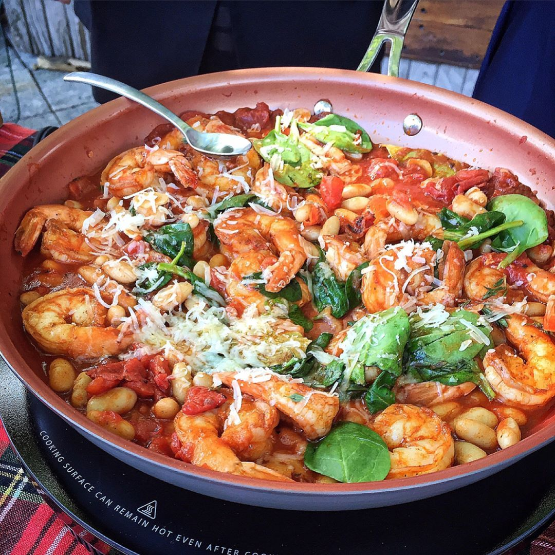 All of today's excitement has me hungry!! Thankfully it is #foodiefriday! Show off your cooking skills and learn @chefrli's recipe forGarlic Shrimp in a White Bean Ragu.