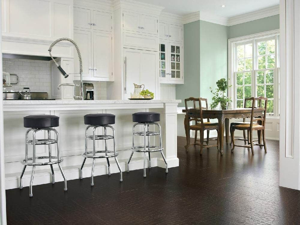Small kitchen gets a big makeover in Orléans Wide plank