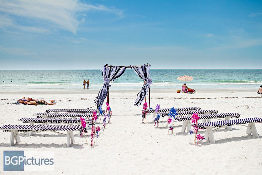 Indian Shores Beach Polka Dot Wedding Ceremony Bg Pictures Photography Indian Shores Beach Wedding Ceremony Chairs Polka Dot Wedding