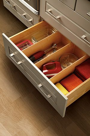 Storage Features Wolfhomeproducts In 2020 Kitchen Cabinet