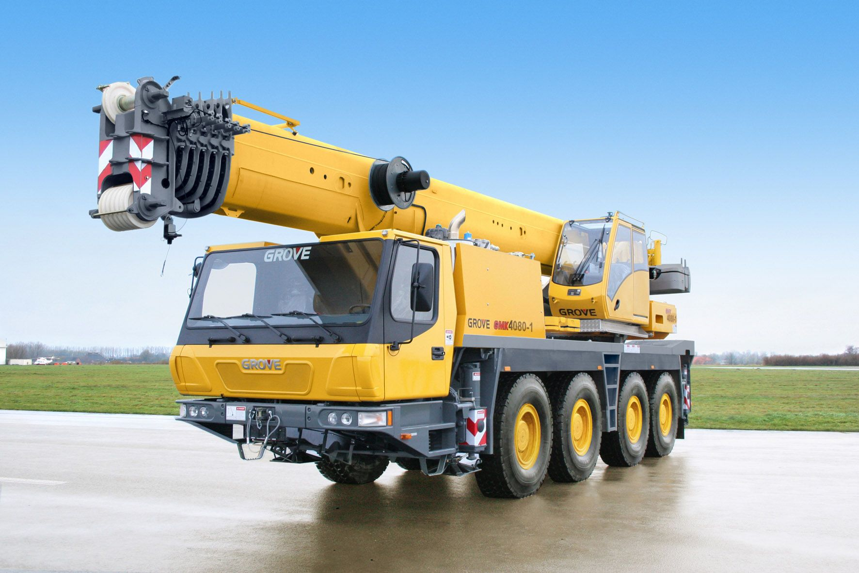 Types Of Mobile Cranes : Grove gmk  t all terrain mobile crane twin
