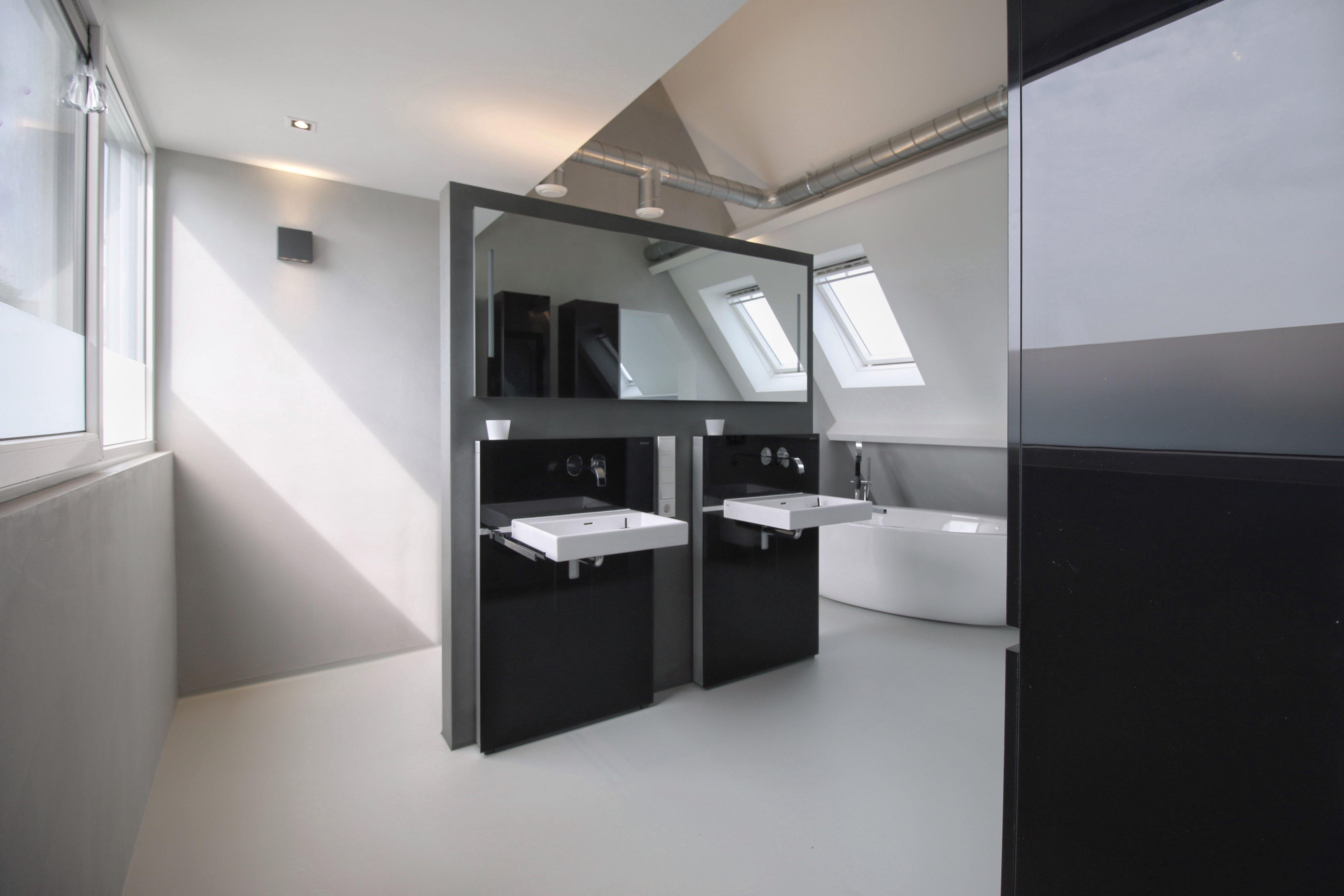Kosten Badkamer Baderie : Badkamer in sneek ontworpen door use architects. senso gietvloer