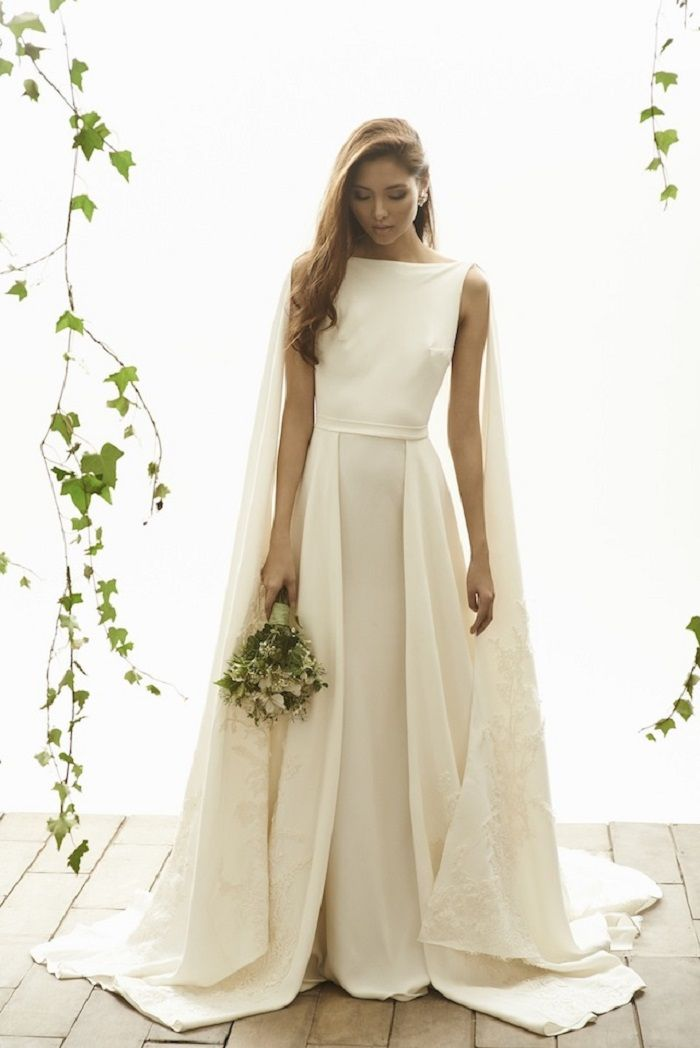The most gorgeous wedding dress detached with cape for Most gorgeous wedding dresses